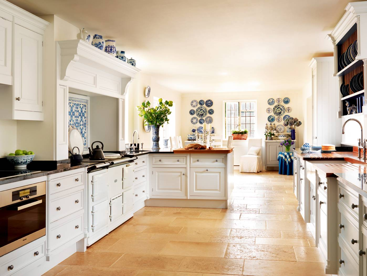 Family Kitchen Design Guide